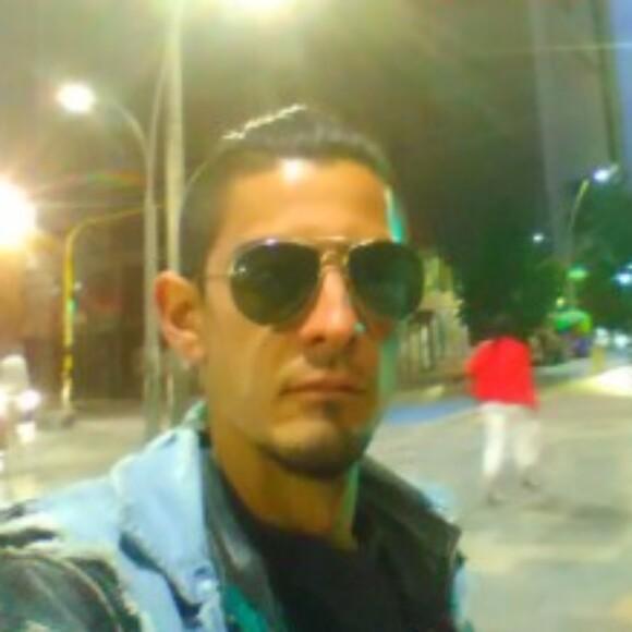 Foto del perfil de Roger Julian